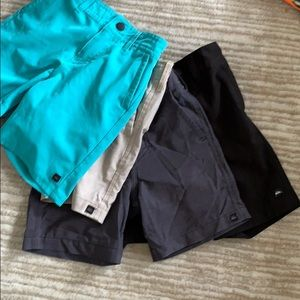 Quiksilver Toddler Boys Lot Shorts 2T